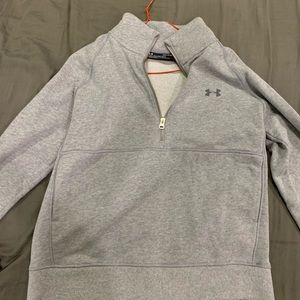Under Armour pullover size small